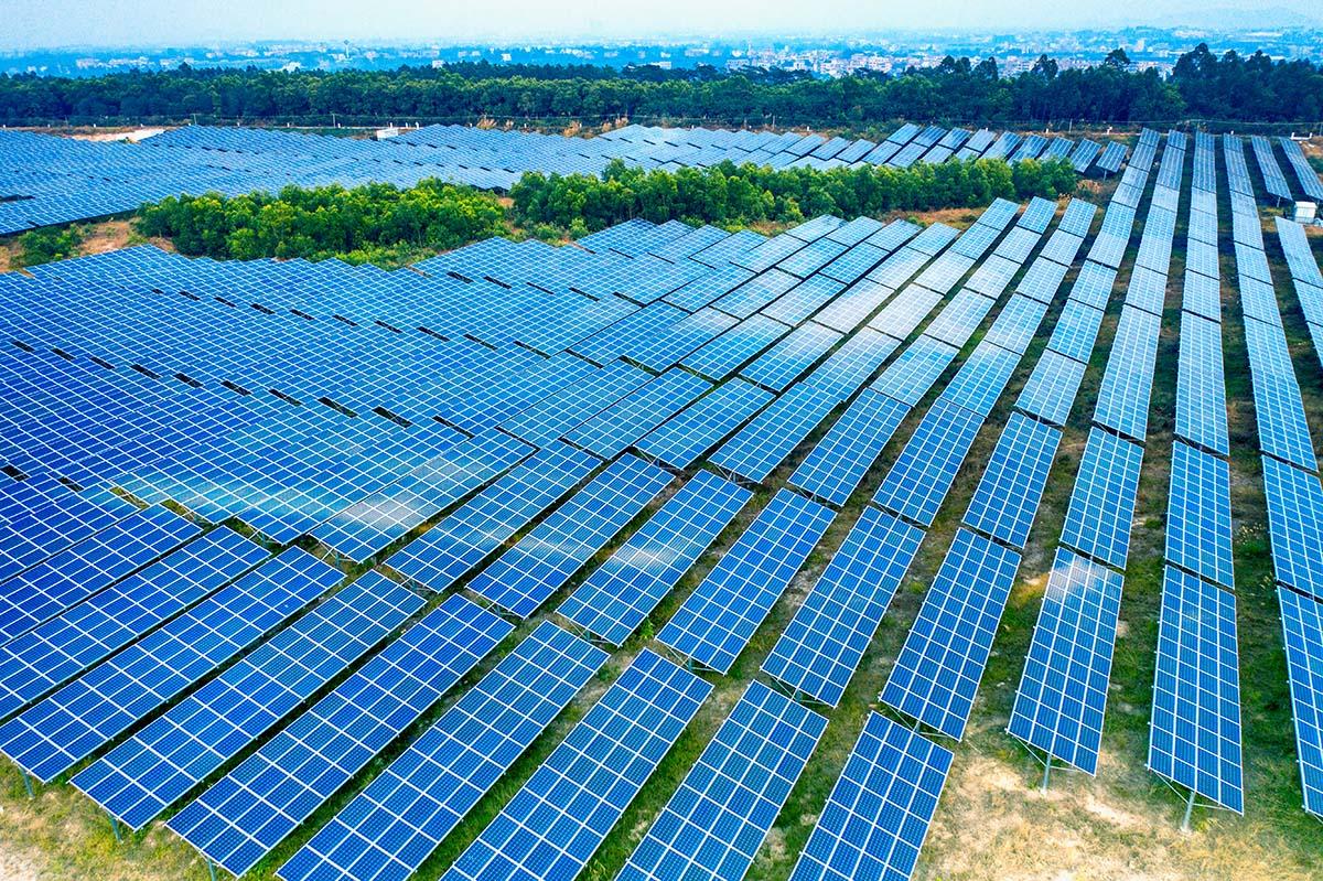 panel surya panel surya - solar panel XV4PM9Q - 8 Manfaat Teknologi Panel Surya untuk Kehidupan