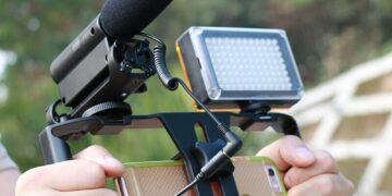Mikrofon HP untuk Vlog keuntungan menggunakan ovo - mikrofon Takstar SGC 598 360x180 - Keuntungan Menggunakan OVO