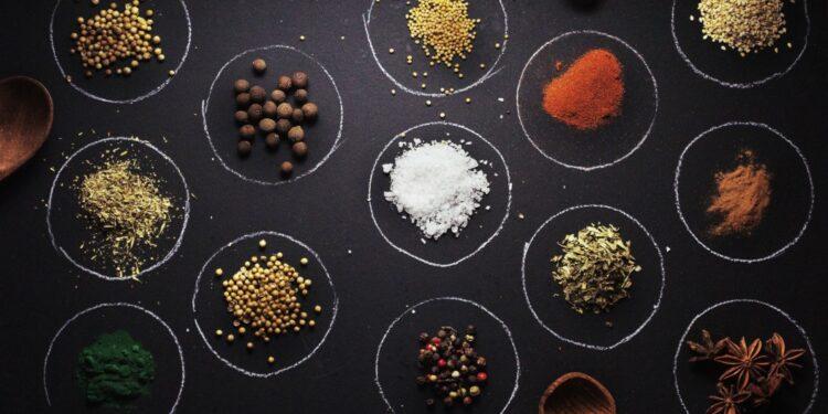 rempah komoditas pertanian indonesia terlaris di asia dan australia - a bunch of ingredients t20 QoAAVb 750x375 - Komoditas Pertanian Indonesia Terlaris di Asia dan Australia